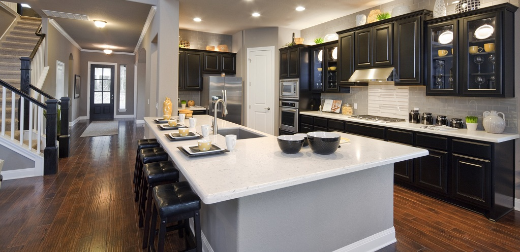 Home of the week hawthorne plan by jimmy jacobs custom homes for Closed kitchen floor plans