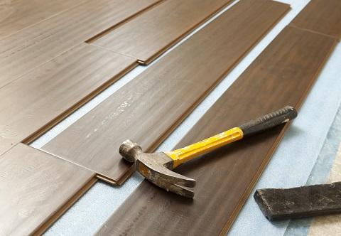 How to choose hardwood floors and keep them looking like new - Make wood floors shiny looking like new ...