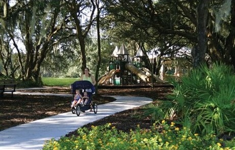 Walking Trail_Community Amenities_Fishhawk Ranch community in Lithia FL by Newland Communities